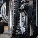 WHAT TO DO IF YOUR BIG RIG HAS TROUBLE